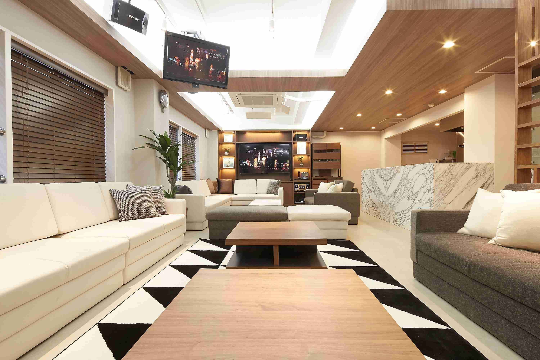 まるで高級ホテルのスイートルーム!?Lounge-R Premium|TIME SHARING|タイムシェアリング|スペースマネジメント|あどばる|adval|SHARING