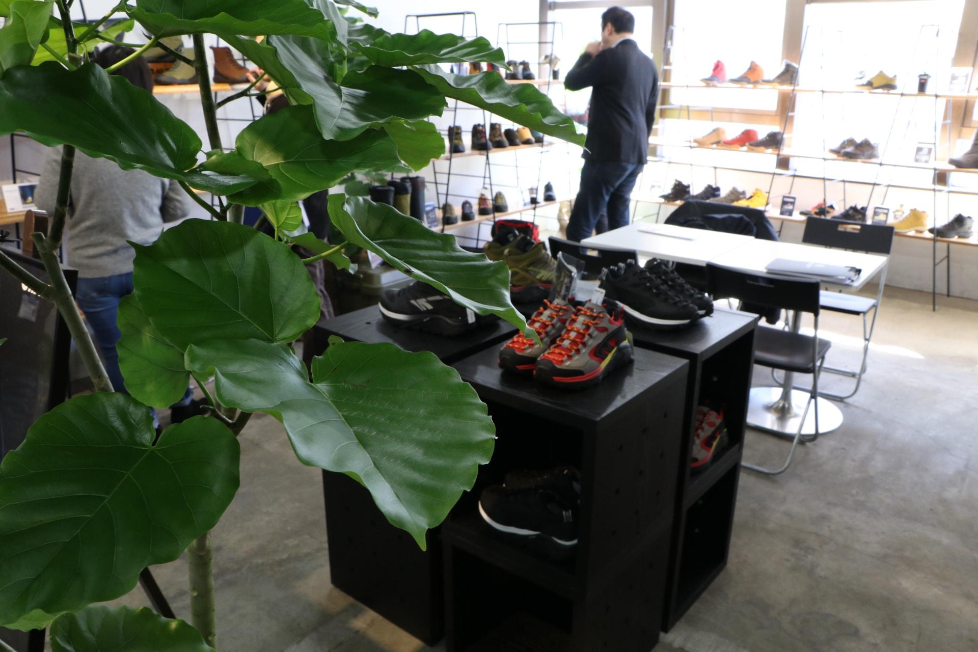 靴の展示会&商談会@神保町 TIME SHARING タイムシェアリング  スペースマネジメント あどばる adval SHARING