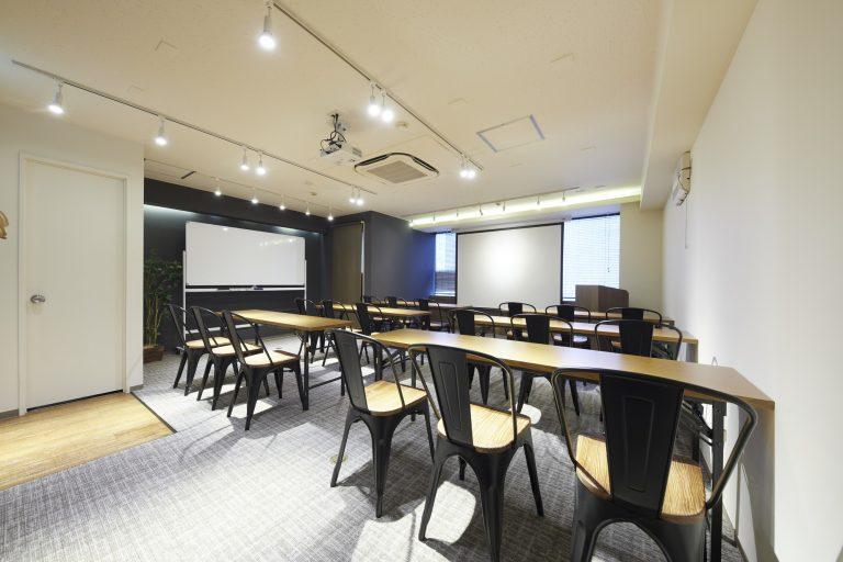 新宿の貸し会議室ならココ!TIME SHARING西新宿|TIME SHARING|タイムシェアリング |スペースマネジメント|あどばる|adval|SHARING