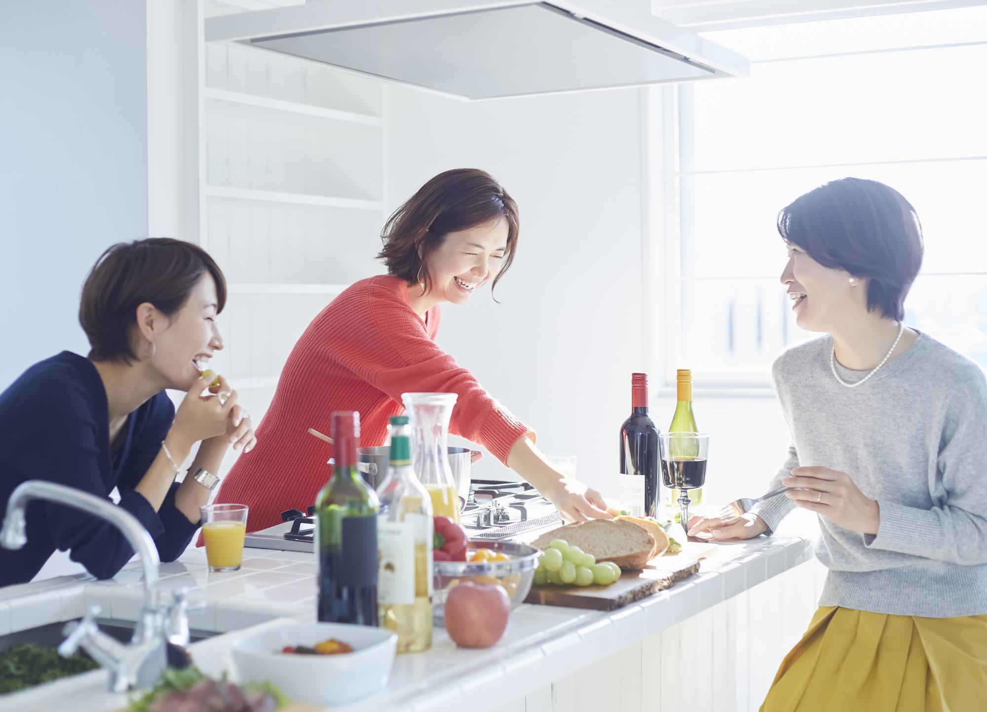 料理しながらパーティー!キッチン付きレンタルスペース特集|TIME SHARING|タイムシェアリング|スペースマネジメント|あどばる|adval|SHARING
