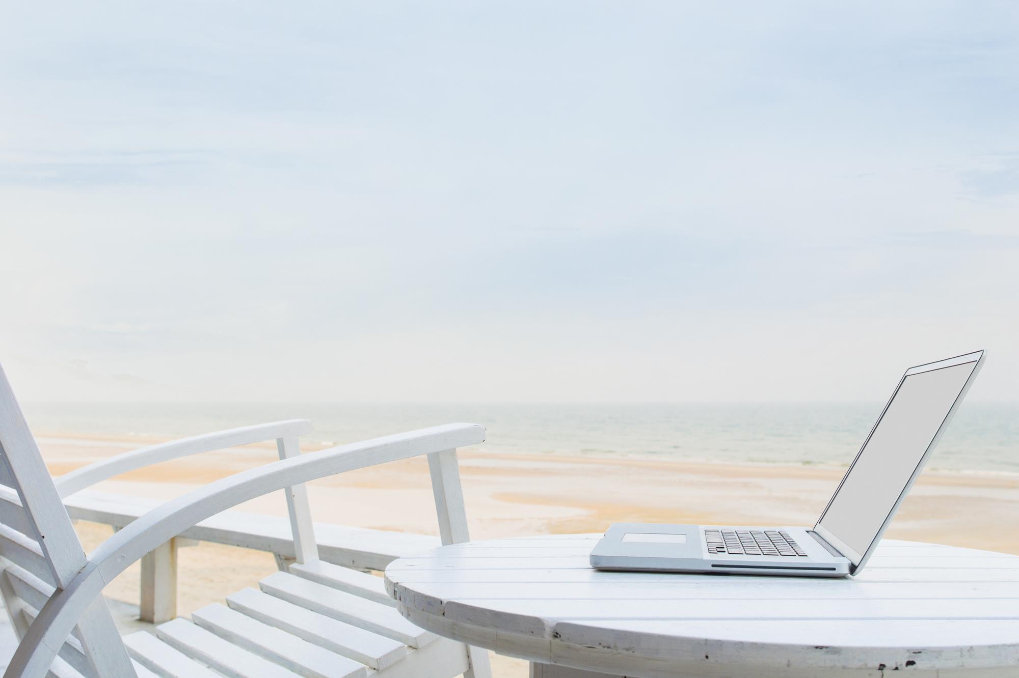 リモートワークでオフィス不要の未来?新しいオフィスのカタチを考える|TIME SHARING|タイムシェアリング|スペースマネジメント|あどばる|adval|SHARING
