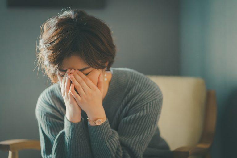 一人は楽だけど、時としてひどい孤独感に苛まれることも ストレスから解放されたい!コロナ疲れに向き合う3つの方法|TIME SHARING|タイムシェアリング |スペースマネジメント|あどばる|adval|SHARING