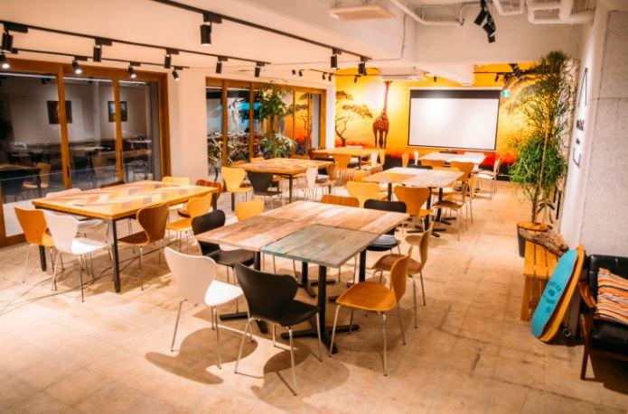 上野のコワーキングスペース「いいオフィス 上野 by LIG」 おうちでのテレワークに飽きたら!東京東エリアで見つけた素敵なワークスペース5選|TIME SHARING|タイムシェアリング |スペースマネジメント|あどばる|adval|SHARING