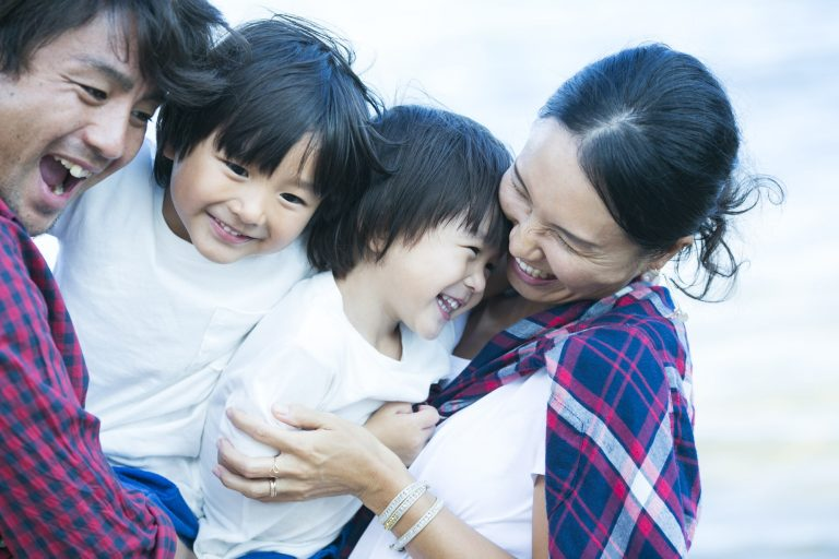 育児休暇のイメージ <アフターコロナの働き方>ユニークな働き方に取り組む7つの企業|TIME SHARING|タイムシェアリング |スペースマネジメント|あどばる|adval|SHARING