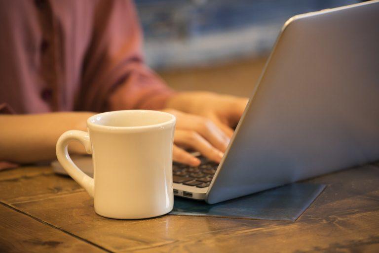 フリーランスのイメージ <アフターコロナの働き方>ユニークな働き方に取り組む7つの企業|TIME SHARING|タイムシェアリング |スペースマネジメント|あどばる|adval|SHARING